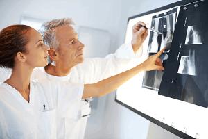 ортопедия в израиле, осмотр рентгеновских снимков